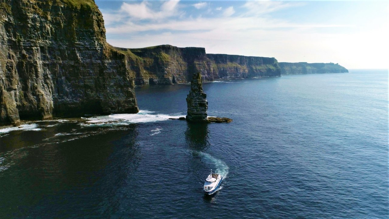 The Cliffs of Moher Chauffeur driven tour