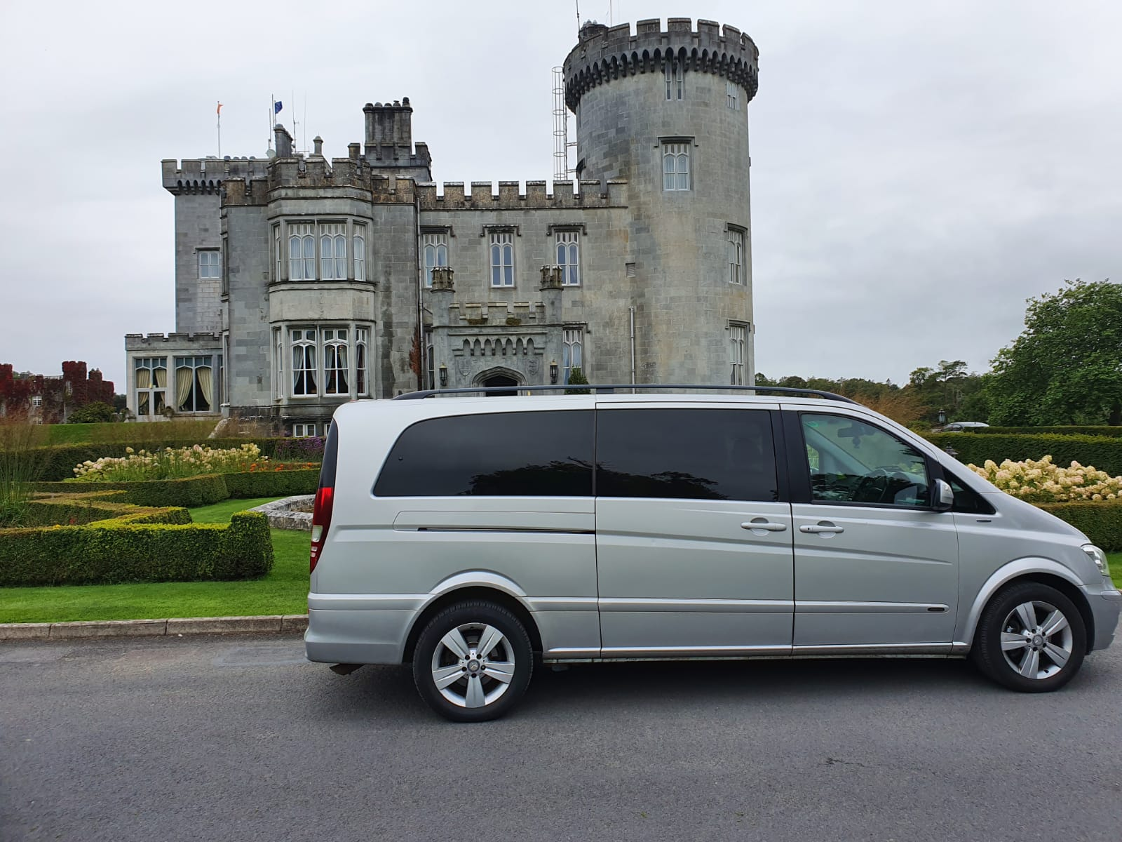 Mercedes V Class cars hire in Ireland