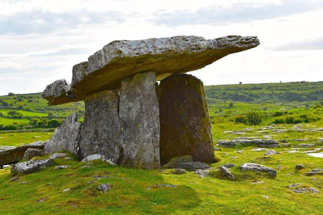 Cliffs of Moher and Burren day tour - Dolmen - with JBM Transport